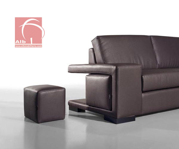 Sillones modernos baratos muebles de exterior conjunto for Tresillos economicos
